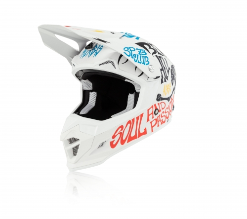 OFF ROAD  HELMETS PROFILE 4